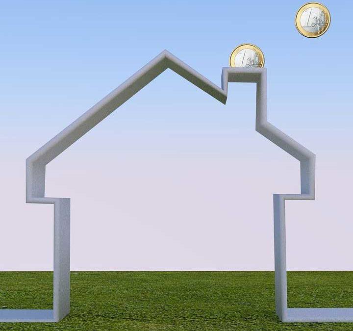 Assicurazione sui pannelli solari: quanto è utile?